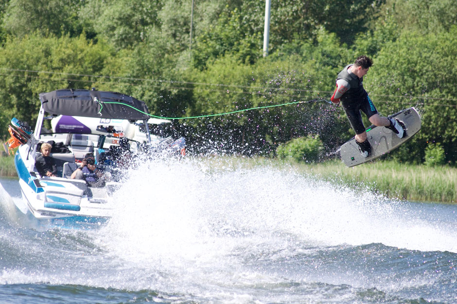 Mitch-Wise-Wakeboarder---Tattershall Lakes